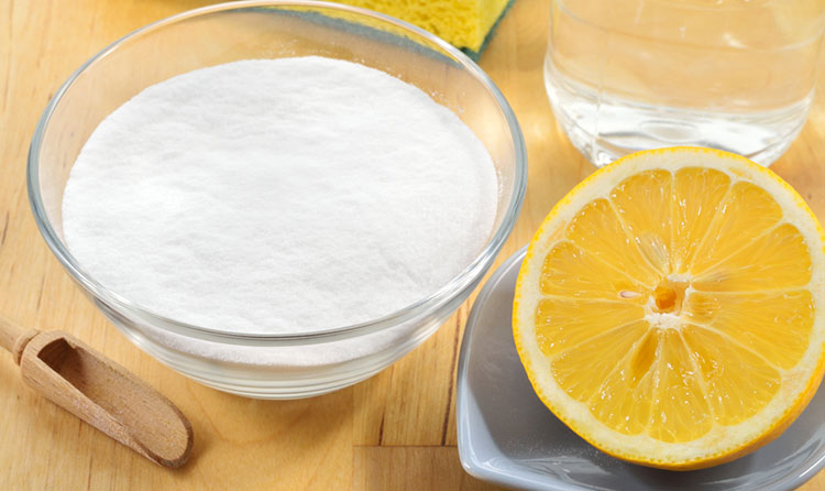 cach-lam-trang-rang-bang-baking-soda-2