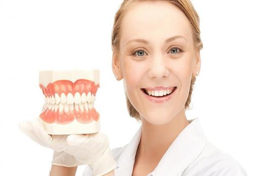 mua hàm răng giả ở đâu