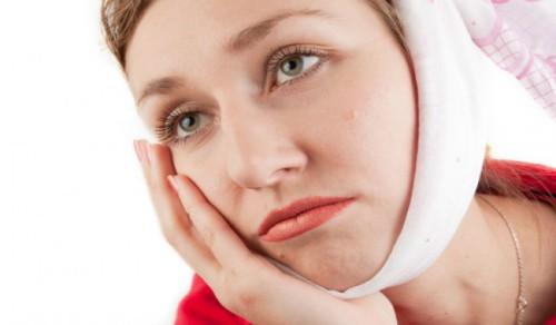 làm gì sau khi nhổ răng khôn