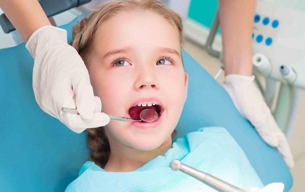 Có nên hàn răng cho bé 3 tuổi