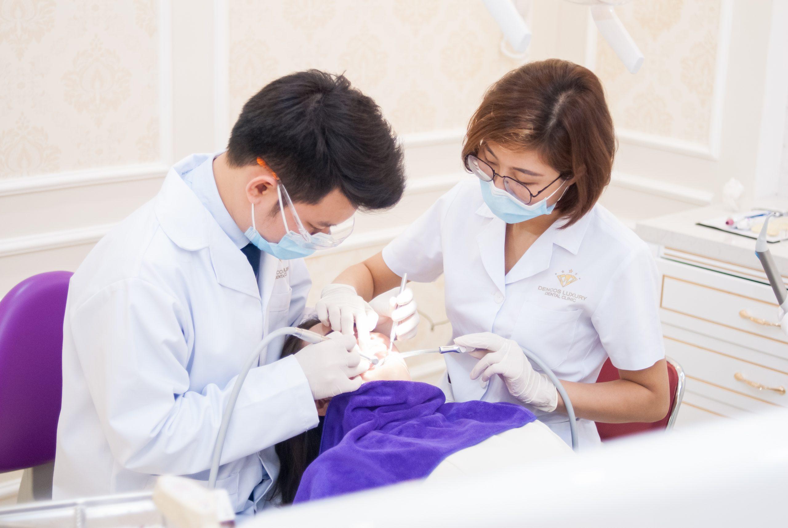 Quy trình đính răng kim cương