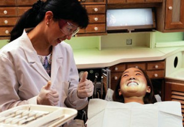 Làm cầu răng sứ có tốt không ? Tin tư vấn 24h