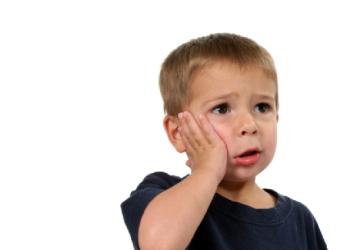 Bị sâu răng phải làm sao? – Tuyệt chiêu để sâu răng tự động bò ra