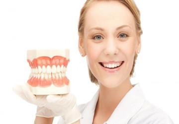 Mua hàm răng giả ở đâu tốt và giá rẻ nhất hiện nay