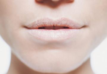 Khô miệng là bệnh gì? nguyên nhân và biện pháp khắc phục