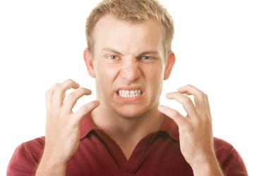 Làm sao chữa bệnh nghiến răng khi ngủ? >> Xem ngay kẻo lỡ